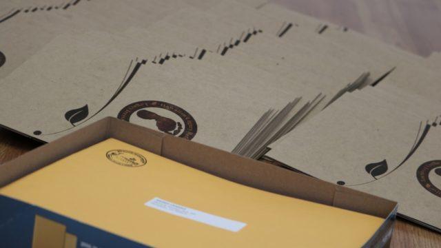 植樹したコアの木の証明書を郵送